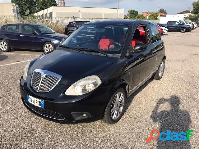 Lancia ypsilon gpl in vendita a thiene (vicenza)