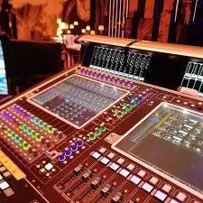 Mixer digitali e analogici, apparecchiature per dj, tastiere