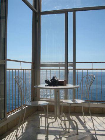 Sanremo, monolocale fronte mare, accogliente e panoramico