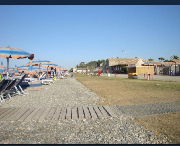 Villette indipendenti-acquapark odissea 2000