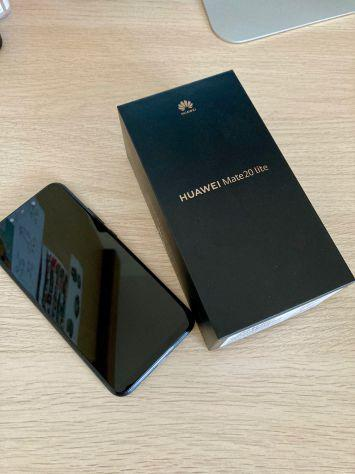 Smartphone huawei 20 mate lite come nuovo