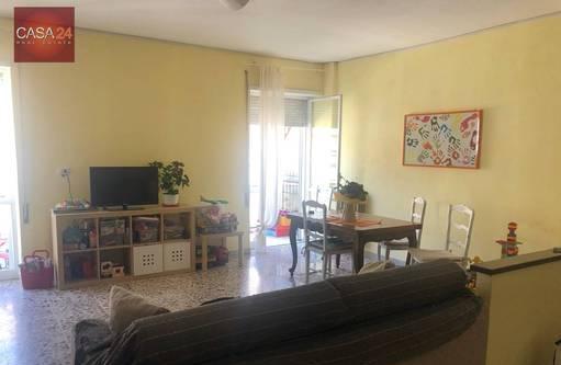 Appartamenti latina via oberdam cucina: abitabile,