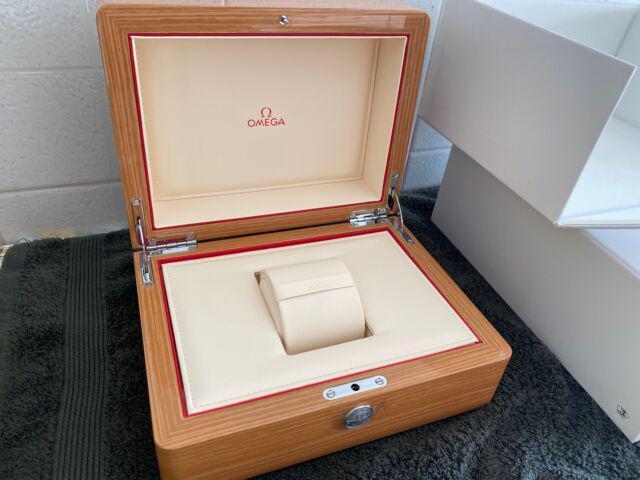 Omega scatola originale nuova in legno completa di tutto