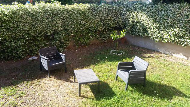 Ostia 3 locali 5 posti letto con giardino vicino stazione