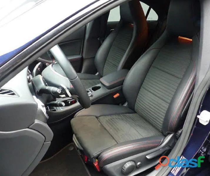 Mercedes CLA 180 AMG line 3