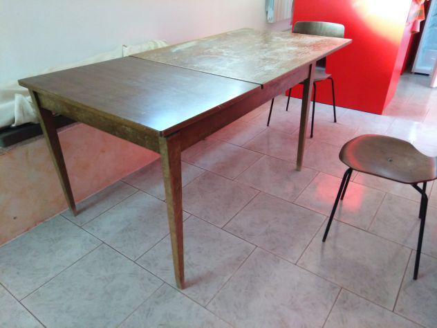 Tavolo allungabile tutto legno