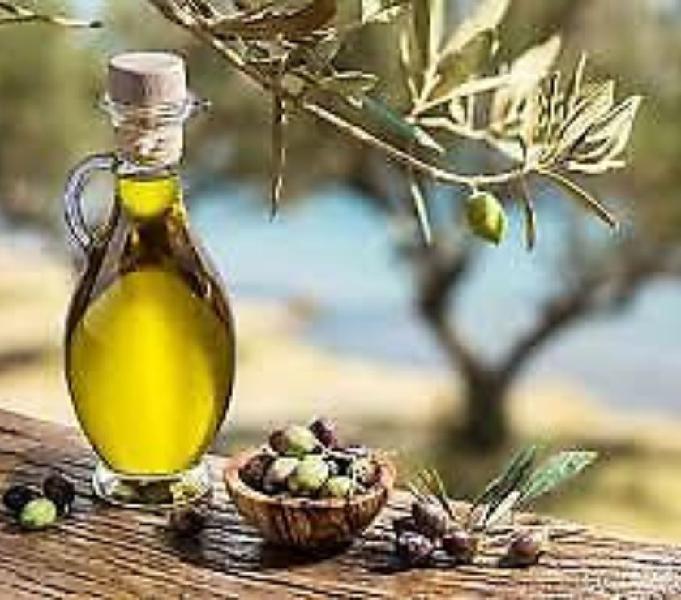 Olio D'Oliva Produzione Propria da olive pisciottane