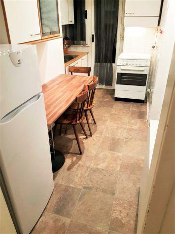 Singole in appartamento per soli tre studenti
