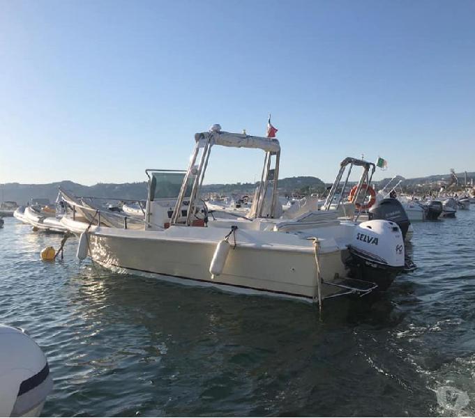 Barca open prendisole privato senza patente 4t