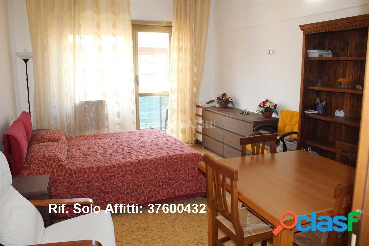 Appartamento in affitto 3 locali 650 eur 37600432