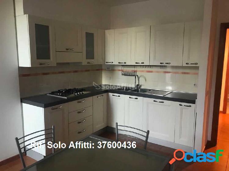 Appartamento in affitto 4 Locali 1.000 EUR 37600436 1