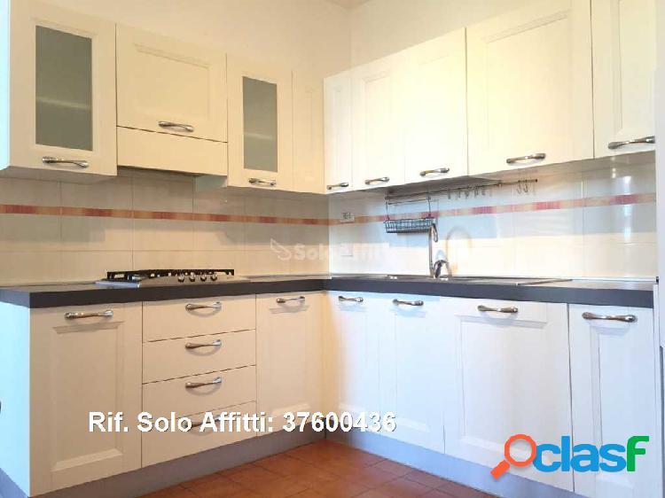 Appartamento in affitto 4 Locali 1.000 EUR 37600436 2