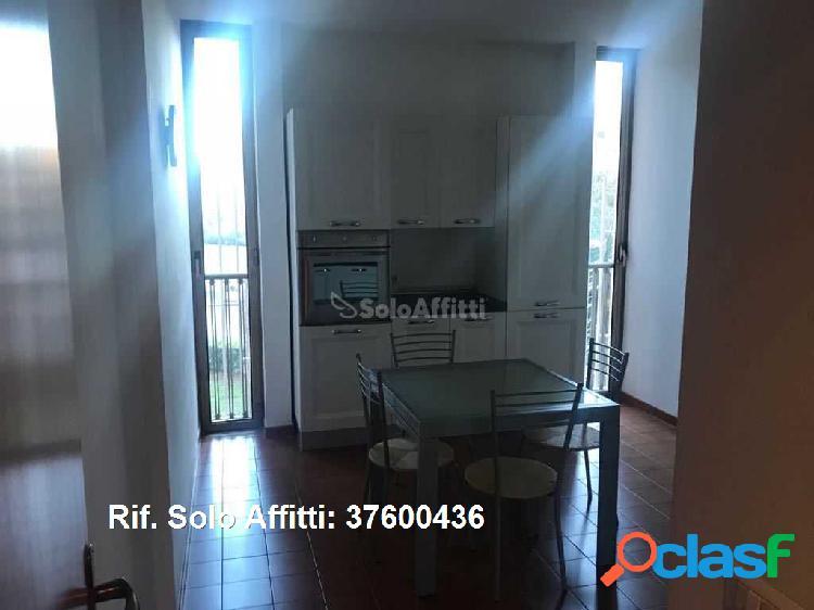 Appartamento in affitto 4 Locali 1.000 EUR 37600436 3