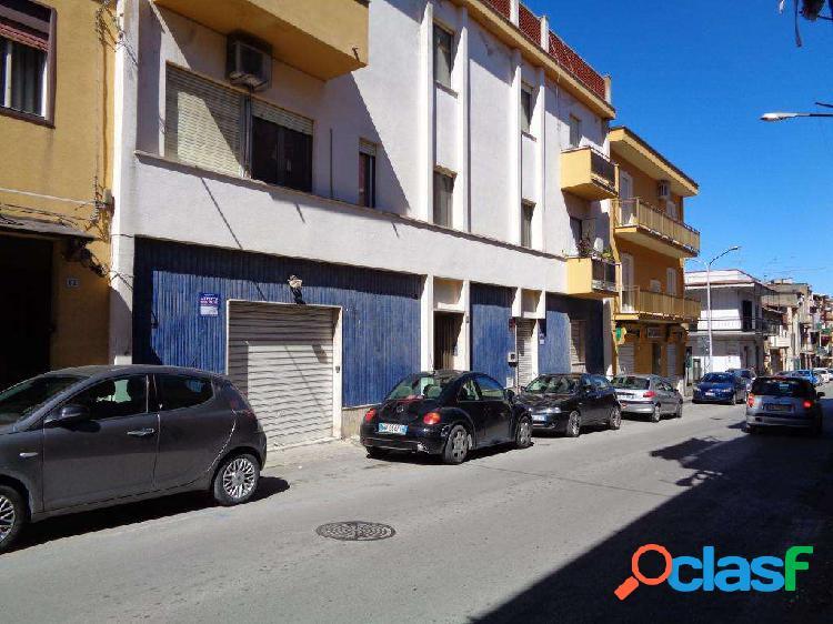 Locale commerciale in via don bosco