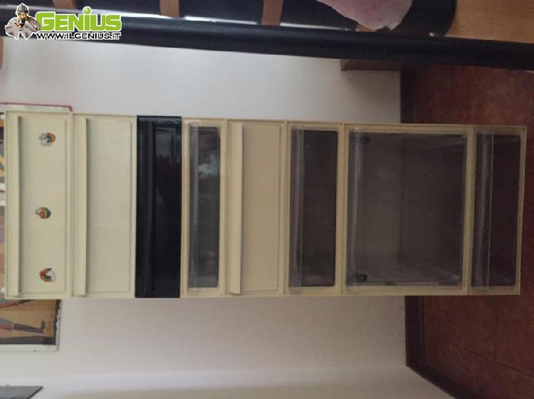 Cassettiera modulare kartell, collezione anni 1980
