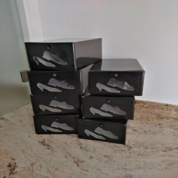 N. 7 scatole per riporre scarpe