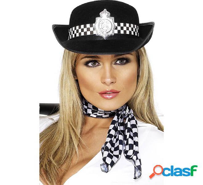 Cappello della polizia con distintivo