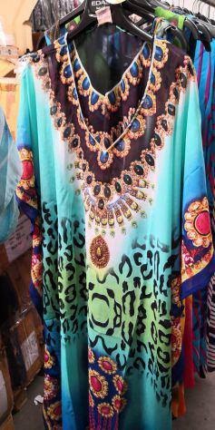 Stock vestiti mare donna