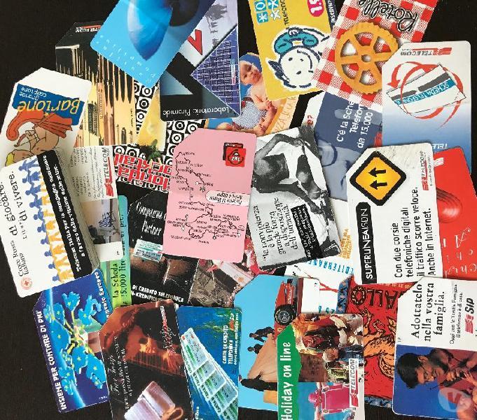 83 schede telefoniche italiane + 13 schede internazionali