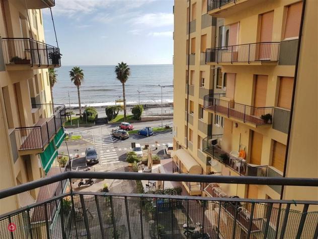 Appartamento di 75mq in piazza mazzini a loano