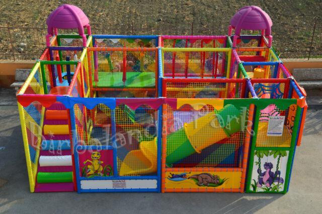 Giochi gonfiabili scivoli playground tappeti elastici