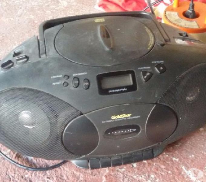 Radio con lettore audiocassette goldstar
