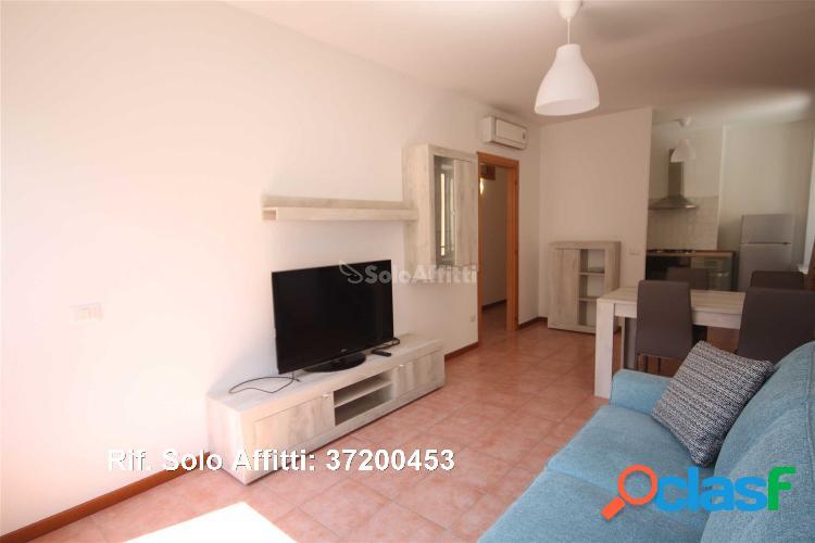 Appartamento in affitto 5 locali 630 eur 37200453