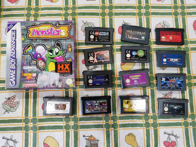 Lotto 14 cartucce giochi Nintendo Game Boy Advance