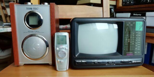 Televisore portatile, radio e registratore