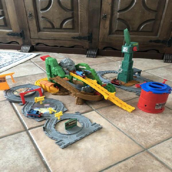 Thomas & friends play set fisher price
