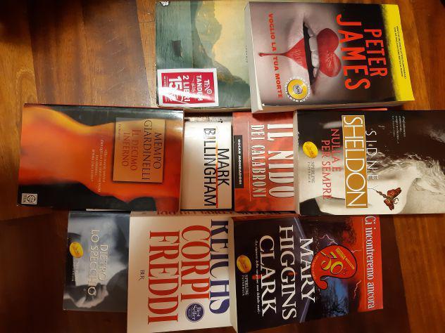 Libri thriller, romanzi, gialli, avventura
