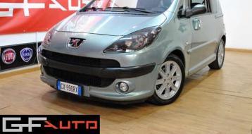 Peugeot 1007 1.4 hdi…
