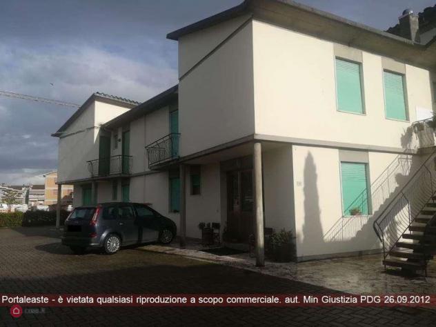 Appartamento di 276mq in frazione di levanella - via aretina