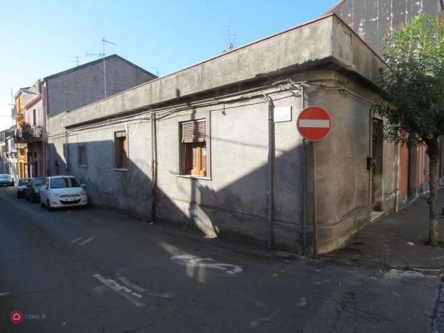 Casa indipendente di 75mq in via garibaldi 94 a zafferana