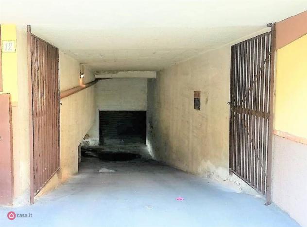 Garage/posto auto di 35mq in via della regione siciliana 12