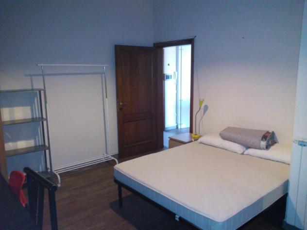Stanza/posto letto in affitto a isolotto - firenze 18 mq