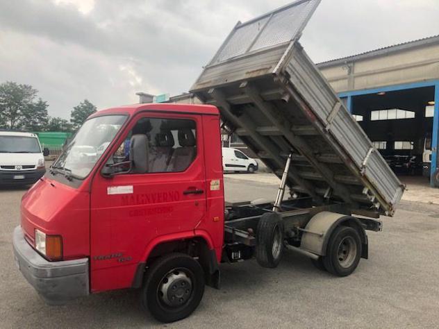 Nissan trade 100 rif. 13713364