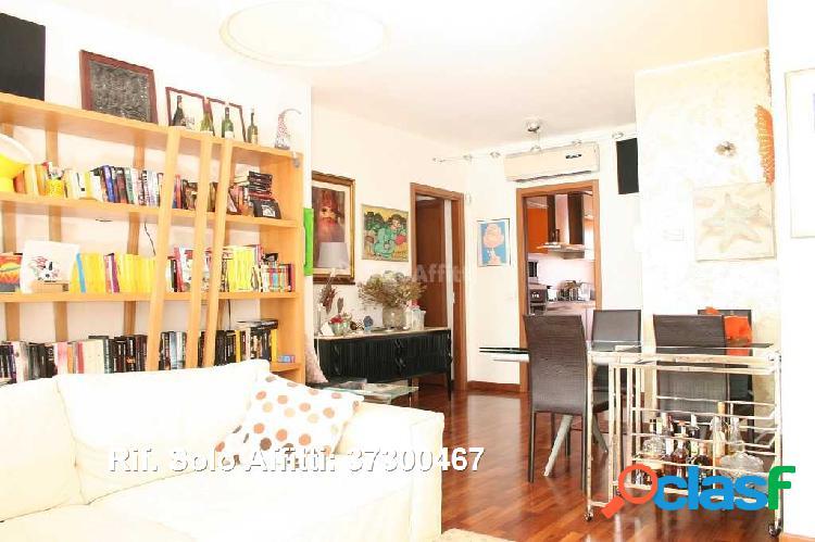 Appartamento in affitto 4 locali 2.180 eur 37300467