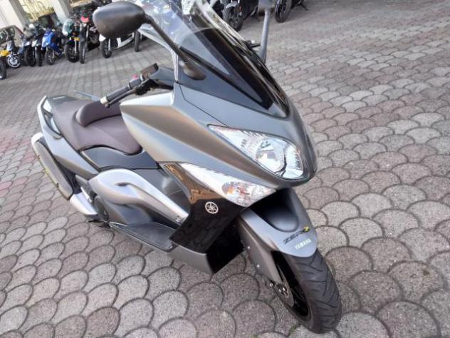 Yamaha - t-max 500