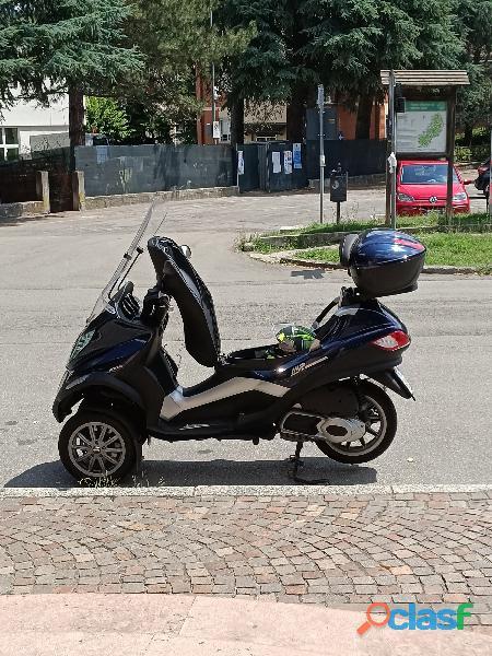 Piaggio mp3 300