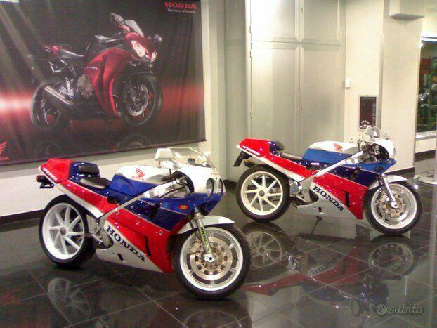 Honda vfr 750r rc 30