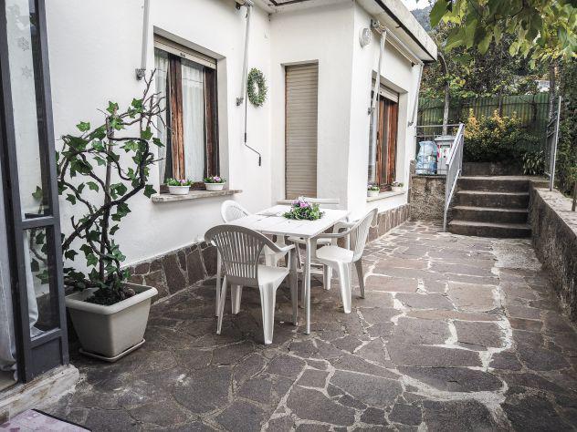 Singole in appartamento con grazioso giardino a povo