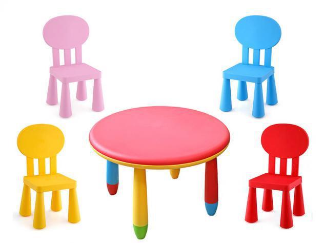 Tavolo rotondo ã? 70 cm con 4 sedie per bambini plastica