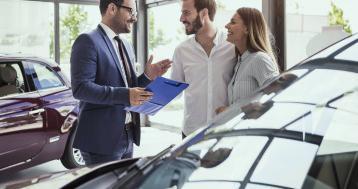 Venditore auto junior