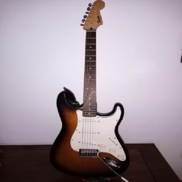 Vendo chitarra elettrica fender