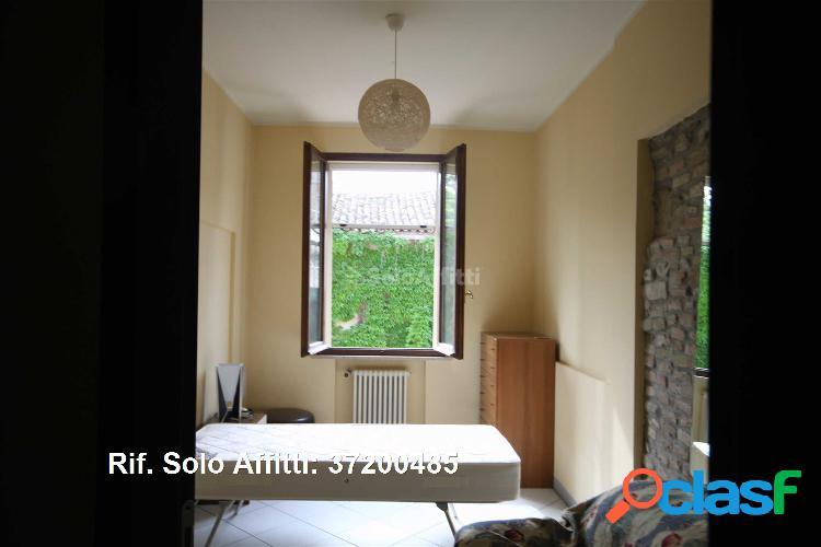 Appartamento in affitto 4 locali 850 eur 37200485