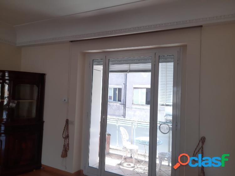 Centro storico - appartamento 3 locali € 2.500 a302