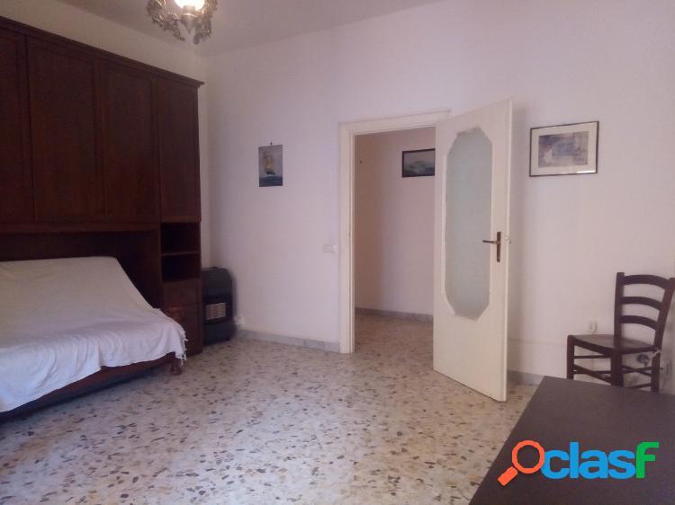 Centro - appartamento 2 locali € 600 a202