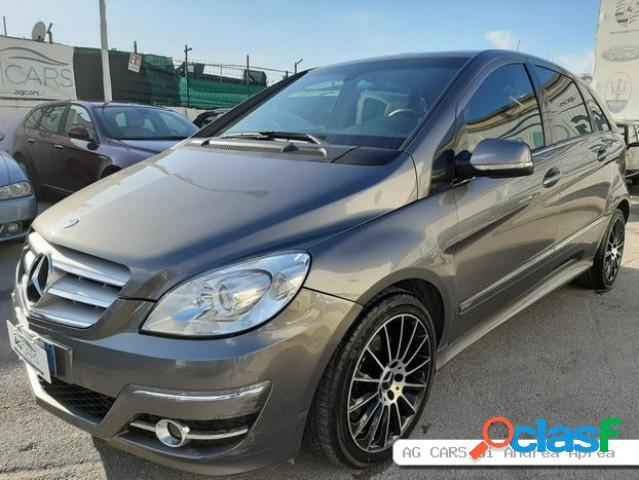 Mercedes classe b diesel in vendita a sant'antonio abate (napoli)