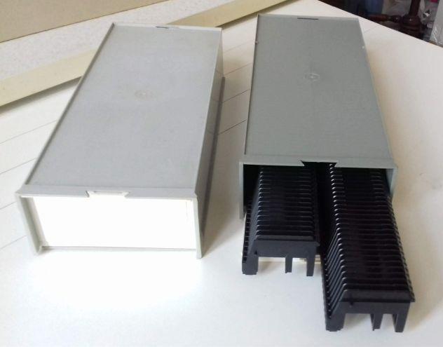 Caricatore diapositive a slitta in box doppio